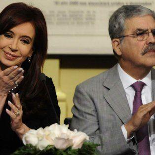 La expresidenta Cristina Fernández de Kirchner y el exministro de Planificación Federal, Julio De Vido,.