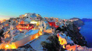Saturada. Santorini recibe a más de dos millones de turistas al año.
