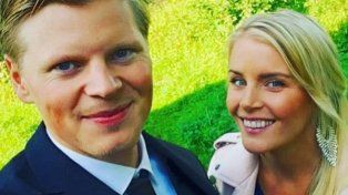 La Sueca Larsson anunció con una foto muy sensual que está embarazada