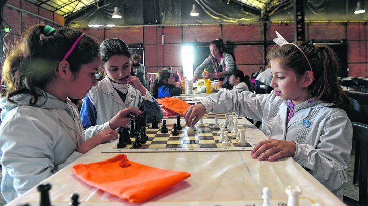 Más de 350 niñas participaron del Primer Encuentro Nacional de Ajedrez Escolar Femenino Profesora Ada Beatriz Vaschetti