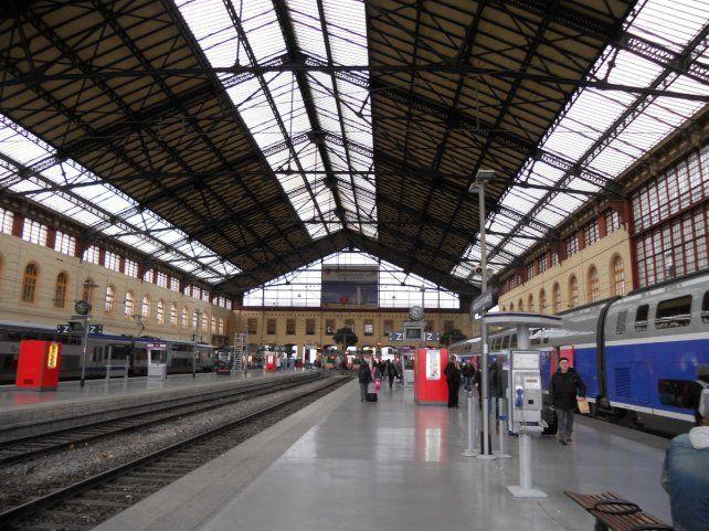 Ocurrió en al estación de trenes de la ciudad francesa.Hasta el momento no se había podido confirmar si se trató o no de una acción terrorista.