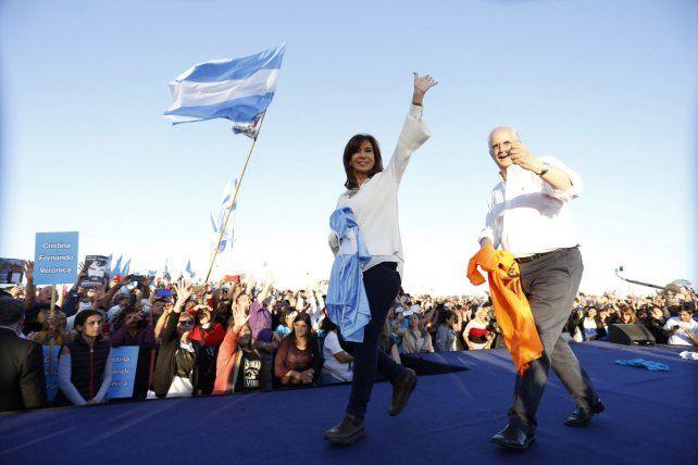 Cristina aseguró que la gestión macrista está desmantelando el Estado