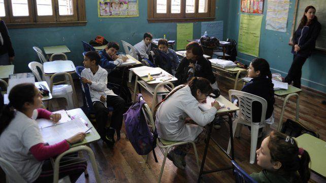 Quieren ampliar el ciclo lectivo para recuperar los días de clases perdidos por los paros