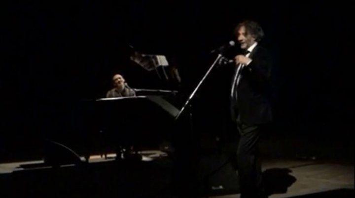 Fito Páez cantó con Mario Rovere en el escenario de el Astengo.