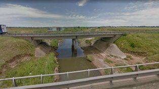 hallaron el cuerpo de un hombre en el arroyo luduena y la autopista rosario-cordoba