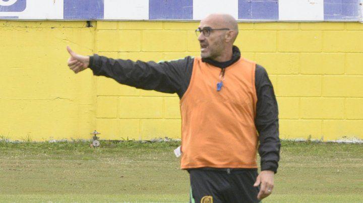 Montero apuesta al plan rombo y hoy va con Carrizo como enganche definido