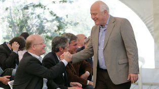El candidato a diputado nacional Luis Contigiani y el gobernador Lifschitz, juntos por el reclamo de la deuda.