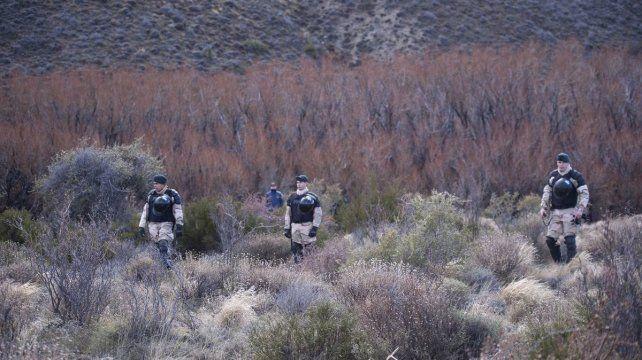 Secuestran dos mochilas, teléfonos celulares y camperas en el allanamiento en busca de Santiago Maldonado