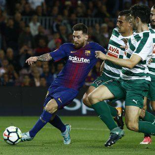 Messi volvió a brillar con la camiseta de Barcelona.