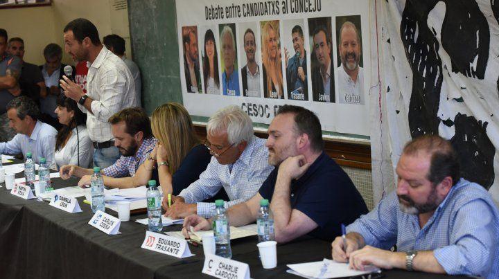 Los candidatos fueron convocados por el centro de estudiantes de Ciencia Política.