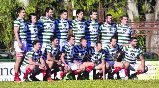 El equipo del debut. La formación verdiblanca que enfrentó a Provincial en el arranque del Regional del Litoral 2017. Esa tarde