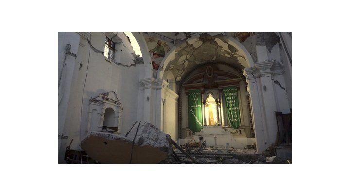 templo. La Iglesia Santiago Apostol es una edificación del siglo XVII en el estado de Puebla.
