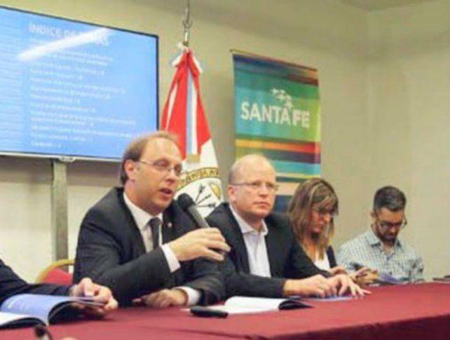 Saglione dijo que Nación fue ágil para pagar a los holdouts pero no le paga a Santa Fe