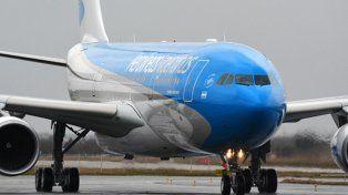 Un avión de Aerolíneas que debía volar a Rosario abortó su salida por un desperfecto técnico