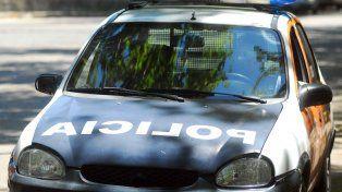 Un joven deberá pagar 2 mil pesos por tirarle una piedra a un móvil policial