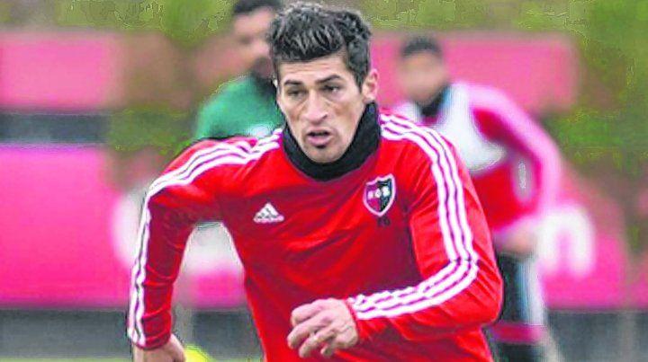 A favor del jugador. Amoroso pidió quedar libre por falta de pago. Todo indica que iría a Belgrano.