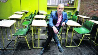 El escritor es profesor en un colegio secundario de Buenos Aires.
