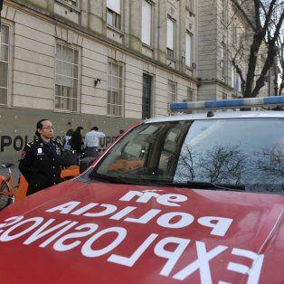 Cada falsa llamada alertando la colocación de una bomba en escuelas dispara un operativo que le cuesta dinero al Estado.