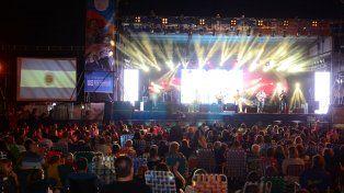 Exito. El año pasado, miles de visitantes festejaron en el Parador Turístico.