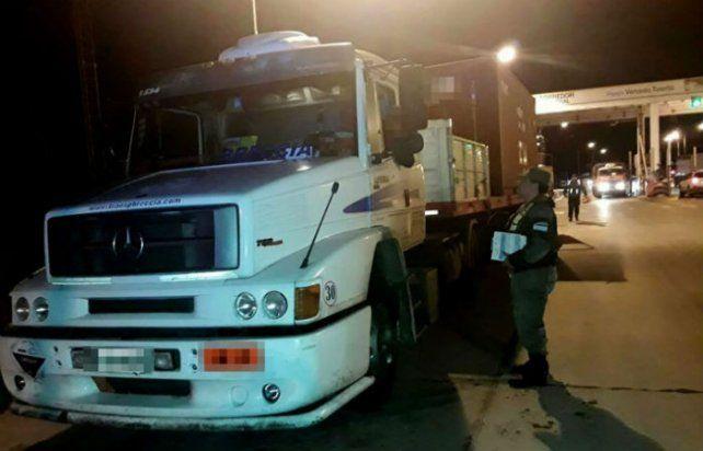 Gendarmería detuvo el camión con el precursor a la salida del peaje de Venado Tuerto