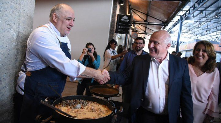 El gobernador Miguel Lifschitz y la intendenta Mónica Fein encabezaron una recorrida por el Mercado del Patio.