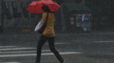 se renovo el alerta meteorologico por lluvias y tormentas para rosario y la region
