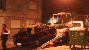 El taxi fue llevado al corralón municipal.
