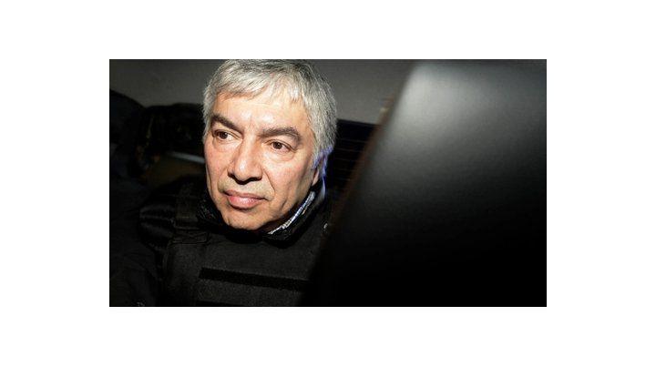 Por la misma causa permanece detenido el empresario Lázaro Báez.