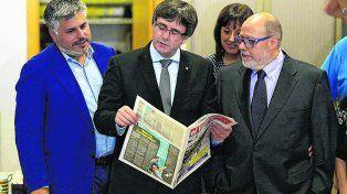 Tranquilo. El gobernante catalán (centro) ha puesto a su país en un camino sin retorno.