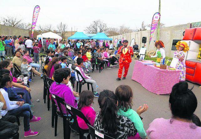 Alimentación sana. El Abre despliega variadas actividades en los barrios..