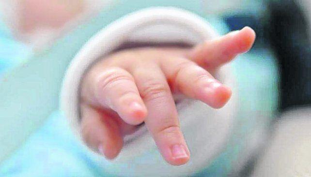 retenido. El bebé había nacido el 29 de marzo. El 31 de mayo