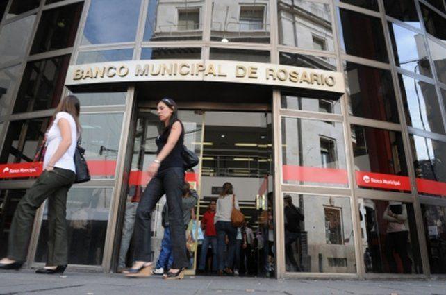 Damnificado. Las cuentas de las que se adueñó la banda estaban inmovilizadas en el Banco Municipal.