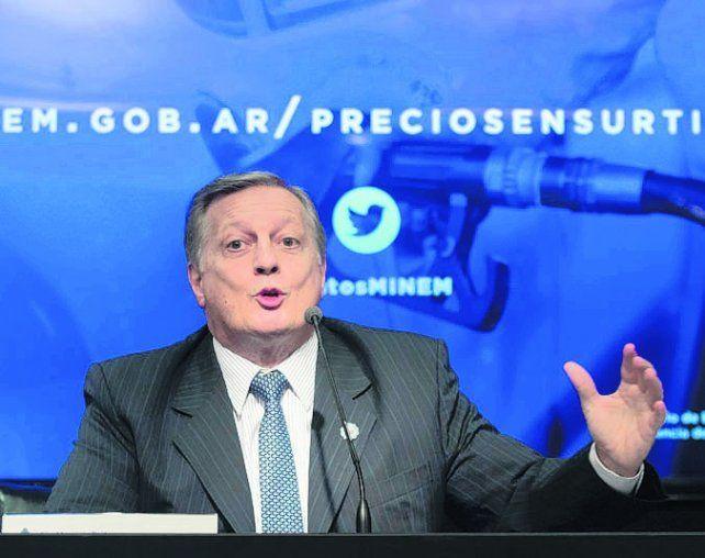 Nafta libre. El ministro de Energía anunció la desregulación del sector.