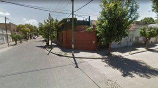 Denunciaron que un hombre en una moto negra quiso llevarse a una pequeña en Silva y José Ingenieros.
