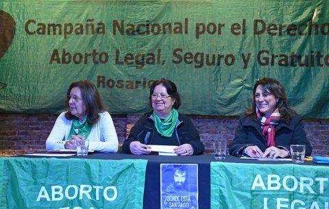 por el aborto. Grupos de mujeres propugnan su legalización en el país.