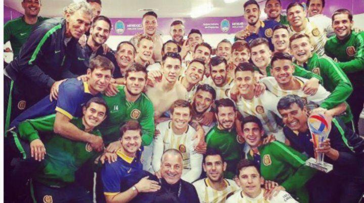 El festejo íntimo en el vestuario de Central tras el gran triunfo ante Boca por Copa Argentina