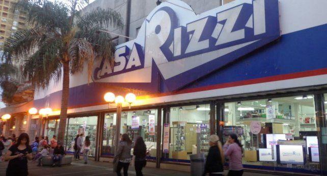La sucursal de electrodomésticos está ubicada en la peatonal San Martín de la ciudad capital.