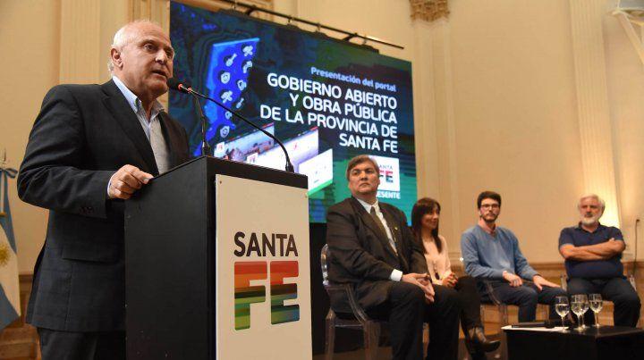 El gobernador Lifschitz presentó un portal que apunta a la transparencia y el acceso a la información.