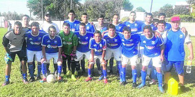 Saltó de categoría. La institución de barrio oeste se adjudicó el primer ascenso de la Mariano Reyna y jugará la Primera B 2018.