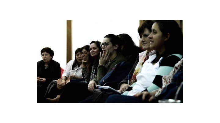 En los seminarios se comparten juegos y material didáctico para trabajar en las aulas.