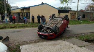 El auto en el que iba la víctima que debió ser trasladada al Heca.
