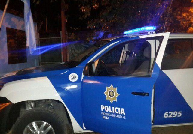 Los detienen con cocaína, un arma y 10 mil pesos tras una persecución en barrio Acindar