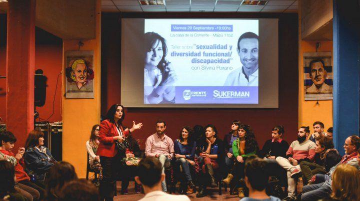 Debate. Sukerman impulsó un taller sobre sexualidad y discapacidad.