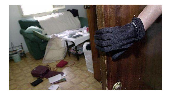 Todo dado vuelta. Muchos rosarinos han sufrido la invasión de sus viviendas a manos de delincuentes.