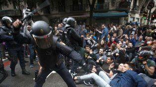 Más de 300 heridos en Cataluña por la represión durante el referéndum en Barcelona