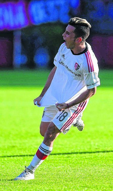Inolvidable para el Niño. Torres grita su gol