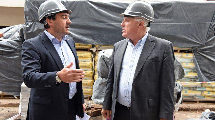 El Secretario de estado de hábitat de Santa Fe junto al gobernador Lifschitz.