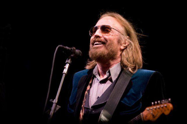 Desmentida. Los medios señalaron que Tom Petty se debate entre la vida y la muerte.