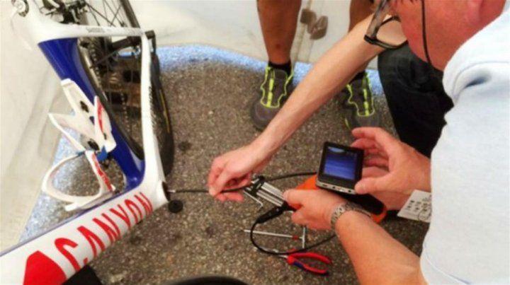 Detectaron el primer caso de doping mecánico en una competencia de ciclismo