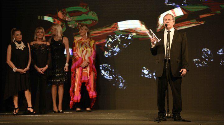 El diario La Capital fue homenajeado en La noche de los Magazine
